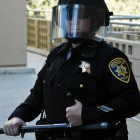 11-18-09-UCLA-protest-Cops-9