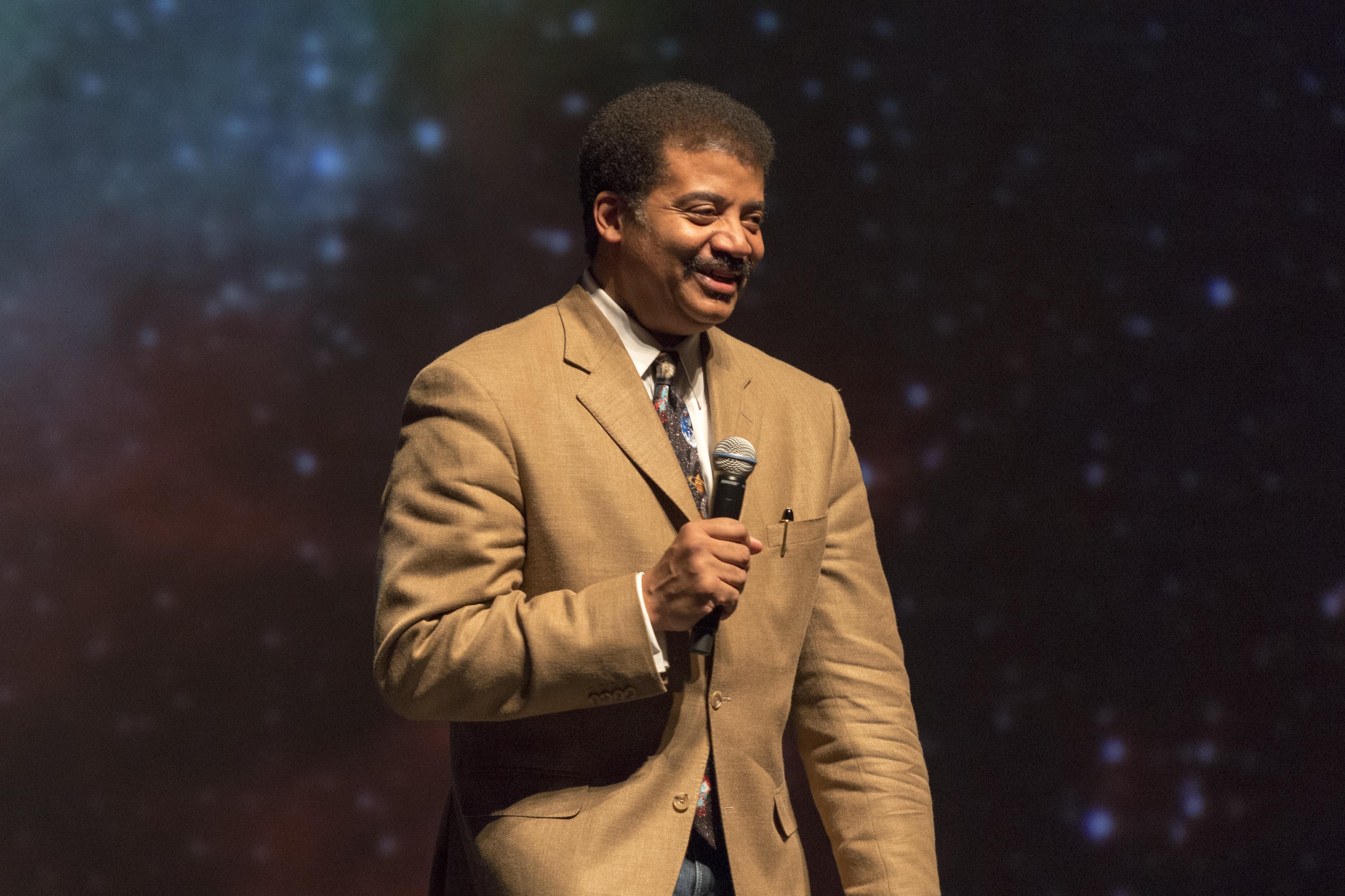 Astrophysicist Neil deGrasse Tyson Makes Audiences