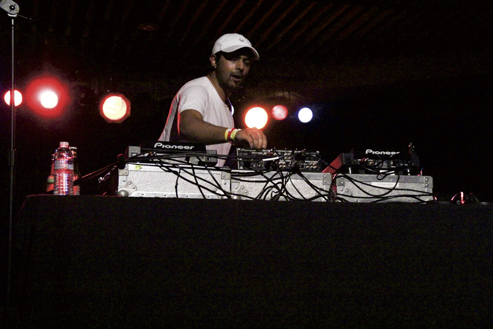 Jai Wolf Unleashes A Thrilling Concert The Bottom Line